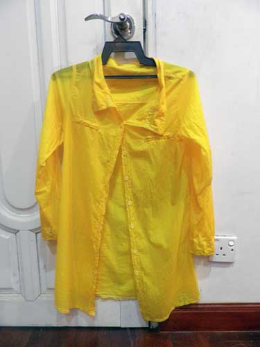 baju-kuning-s