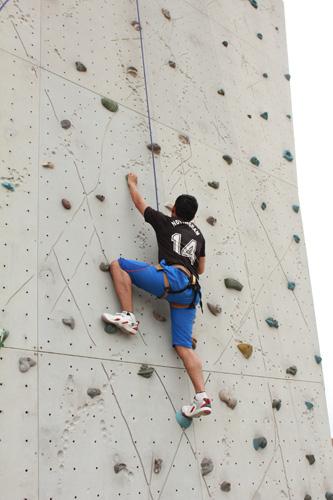 Wall-Climbing-075