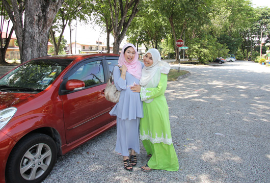 intan and aisyah rozi