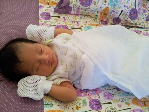 saraedwin-newborn
